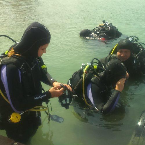Szkolenie z nurkowania rekreacyjnego dla słuchaczy