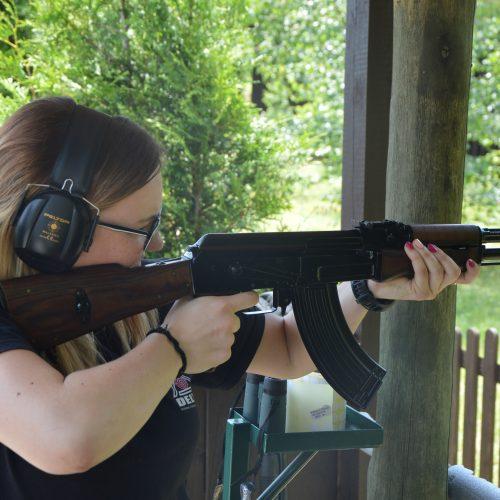 Szkolenie strzeleckie przygotowujące do zdania egzaminu państwowego na dopuszczenie do pracy z bronią w ochronie